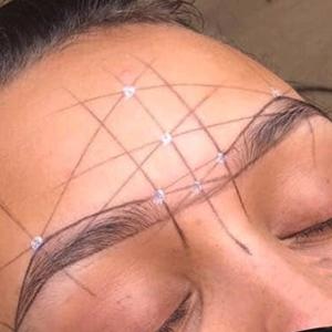 Henna Brow course